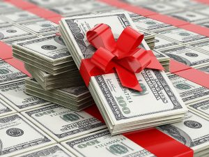 5 Scenarios to Consider Before Gifting Money